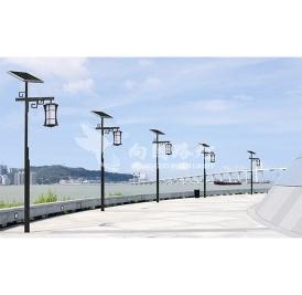 阐述太阳能路灯的蓄电池的功能