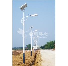 向led太阳能路灯厂家采购路灯时需了解到哪些数据?